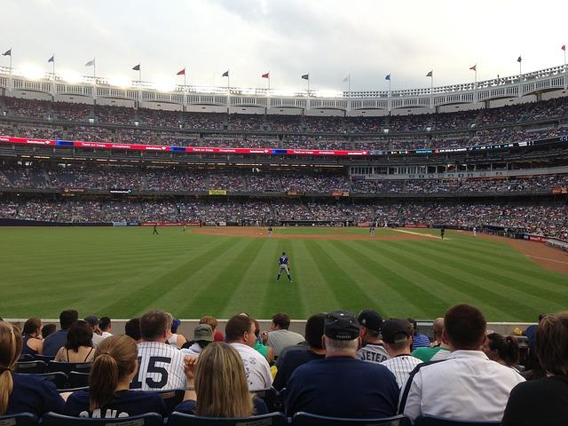 Baseball-Yankee-Stadium